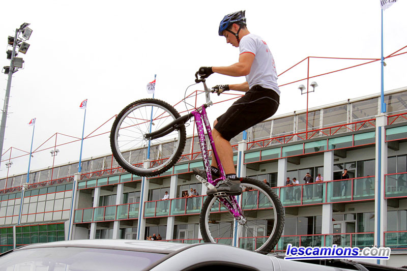 VTT Trial, une belle d?monstration - Magny-Cours 2010